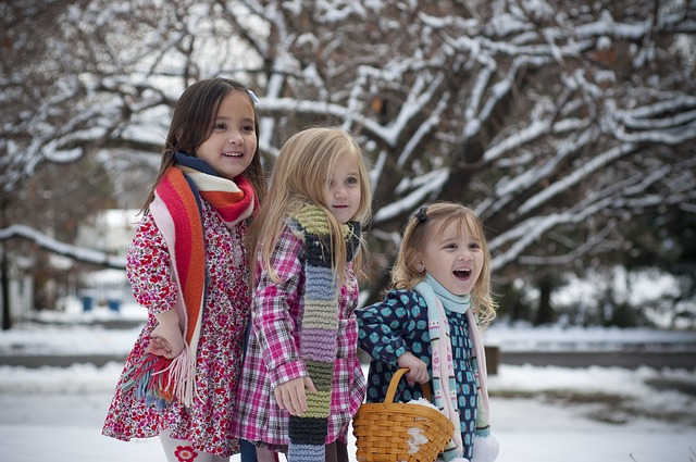 Stressfreie und besinnliche Weihnachten für Familien: So klappt es